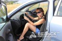 В Шенкурске водители-женщины не справились со своими машинами