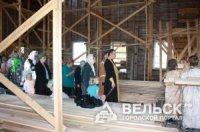 В старинном храме начались регулярные богослужения
