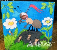 В Вельске открыли скульптуру муравья